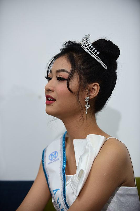 Top 3 Hoa hậu Thế giới Việt Nam 2019 giao lưu với báo VietNamNet