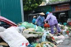 Hanoi struggles with waste disposal headache
