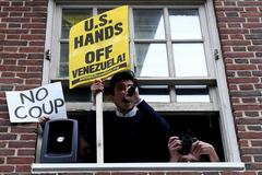 Venezuela tố Mỹ 'khủng bố kinh tế'