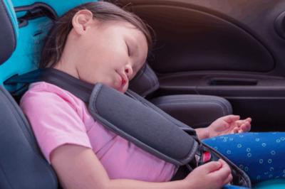 7 cách giúp cha mẹ tránh quên con trên xe hơi