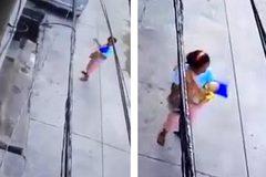 Video mẹ trẻ vứt bỏ con trai mới sinh ngoài đường gây công phẫn