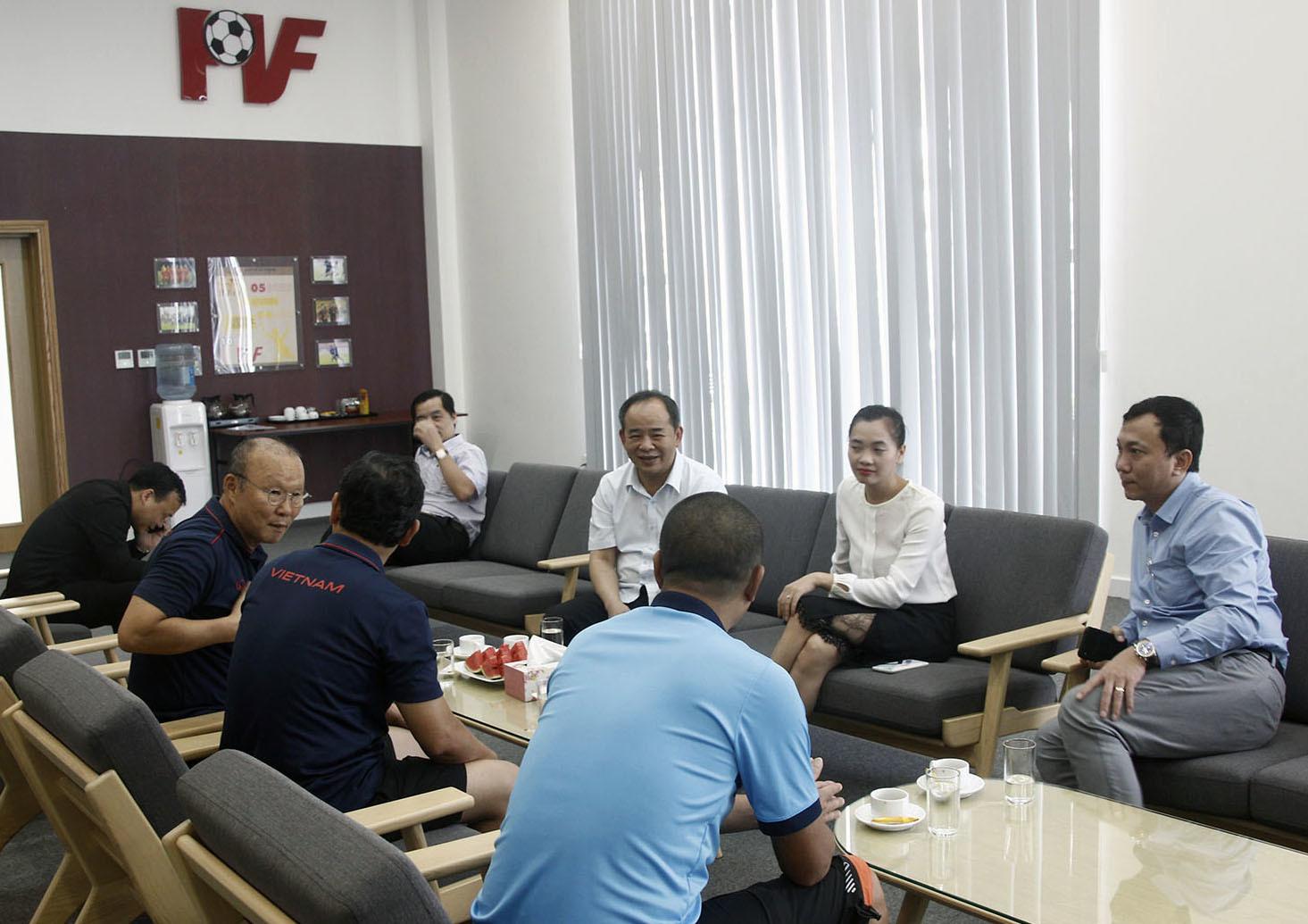 VFF sắp nối lại đàm phán hợp đồng với HLV Park Hang Seo