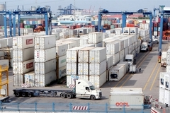 VN's logistics firms remain small despite potential
