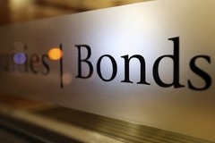 As corporations issue more bonds, credit rating firms are needed