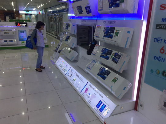 In Vietnam, home appliance centers' golden age is over