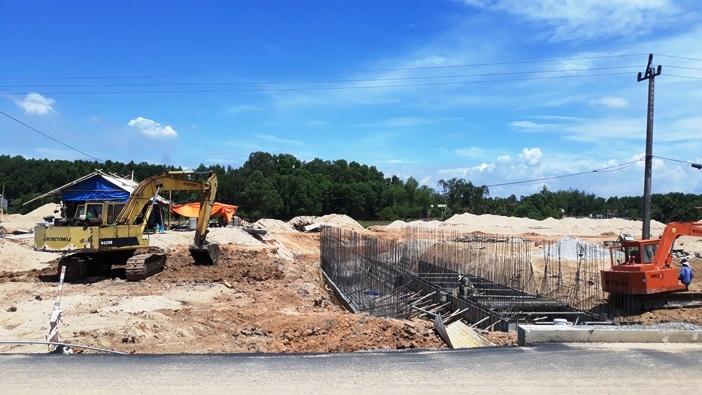 Quảng Ngãi chi 70 tỷ làm 1,4 km đường vào khu nghỉ dưỡng tắm bùn