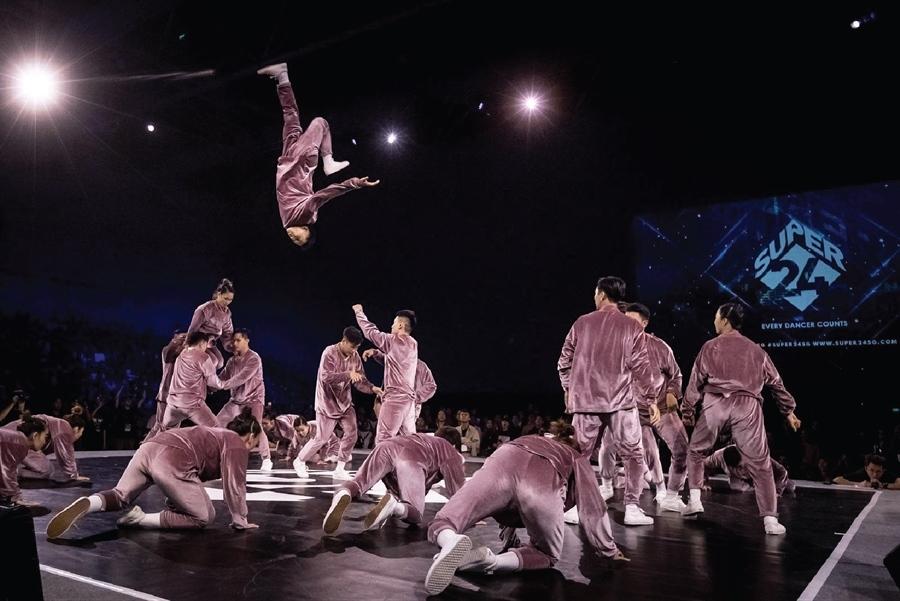 Nhóm vũ công Việt giành quán quân cuộc thi nhảy Đông Nam Á