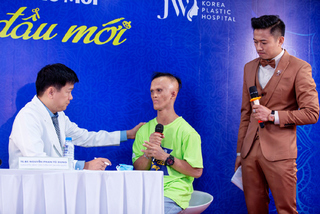 Bác sĩ Việt Nam đầu tiên tham gia chắp bút cuốn sách y khoa của Mỹ