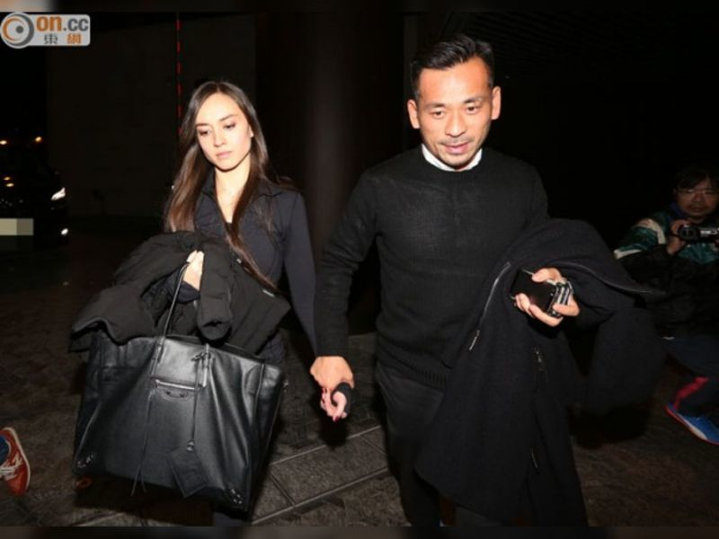 Tỷ phú Hong Kong tặng bồ nhí 5 công ty để tránh đụng độ 'bà cả'