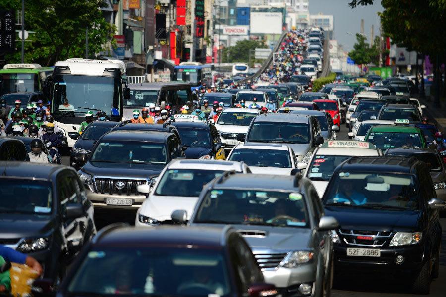 TP.HCM cần 5.600 tỷ 'giải cứu' kẹt xe cửa ngõ Tân Sơn Nhất