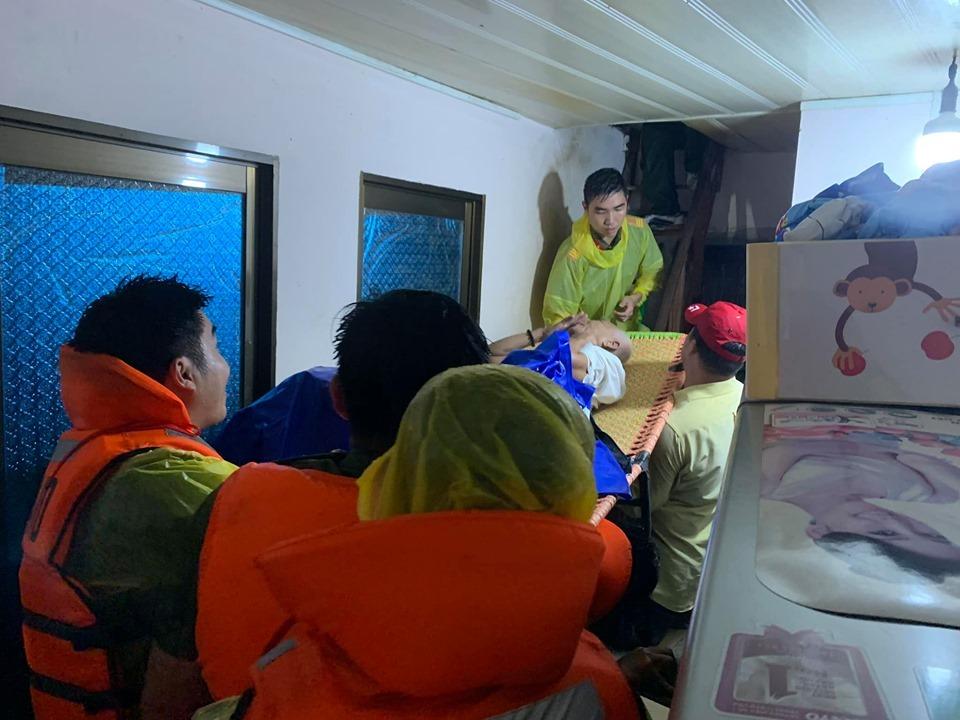 Phú Quốc ngập lịch sử, nghìn người vật lộn trong 'trận đại hồng thủy'