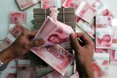 China's prolonged falling yuan may harm Vietnam's trade
