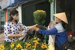 Lễ Vu lan: Giá hoa tươi tăng mạnh
