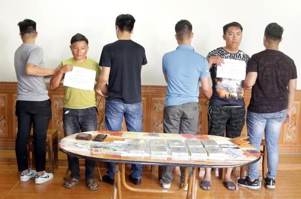 Lao Cai's police arrest two men with 3.5kg of heroin