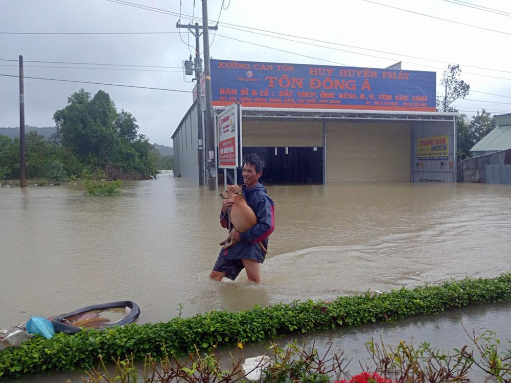 ngập lụt,mưa lớn,Phú Quốc,mưa lũ