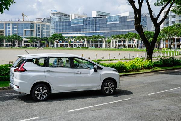 Mitsubishi XPANDER cán mốc 10000 xe giao đến khách hàng trong tháng 8/2019
