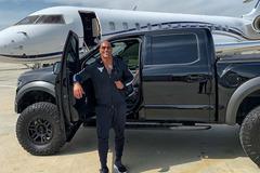 Bộ sưu tập xe đắt tiền của ngôi sao cơ bắp The Rock