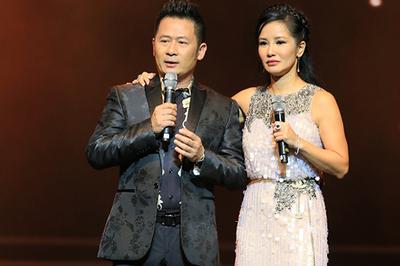 Hồng Nhung gây xúc động khi hát, kể chuyện làm mẹ đơn thân