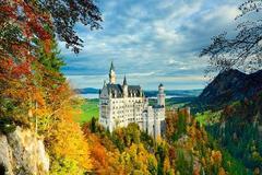 Các lâu đài hoành tráng nhất thế giới ẩn giấu những bí mật ít người biết