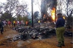 Xe nhiên liệu nổ tung ở Tanzania, 57 người chết cháy đen