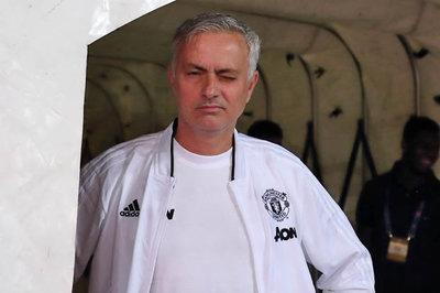 Lukaku làm bẽ mặt MU, Mourinho đàm phán về Arsenal