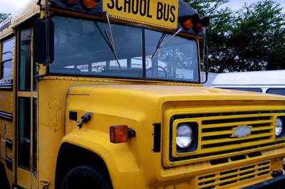 Trường học TQ phải đóng cửa vì bỏ quên học sinh trên xe buýt