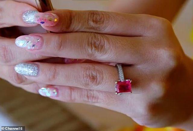 Đám cưới xa hoa bậc nhất Singapore và chiếc nhẫn cưới gần 3 tỷ