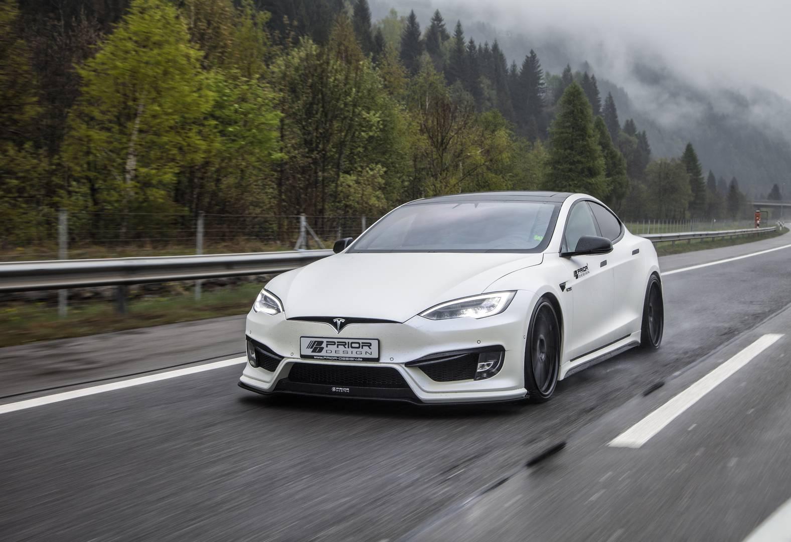 trộm ô tô,trộm xe,xe điện,xe điện Tesla