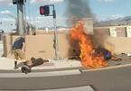 Mô tô Yamaha R6 đâm vào tường bốc cháy sau pha mất kiểm soát