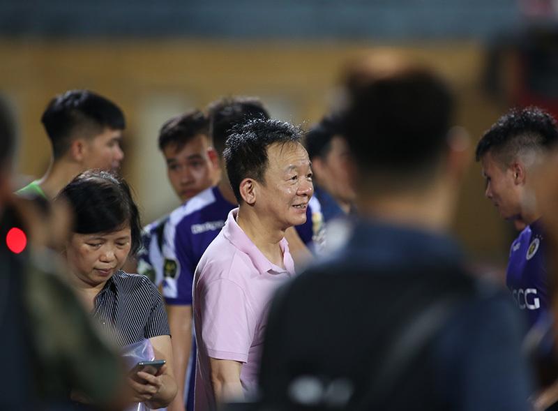 Quang Hải giấu nỗi buồn giúp Hà Nội đòi nợ Thanh Hoá