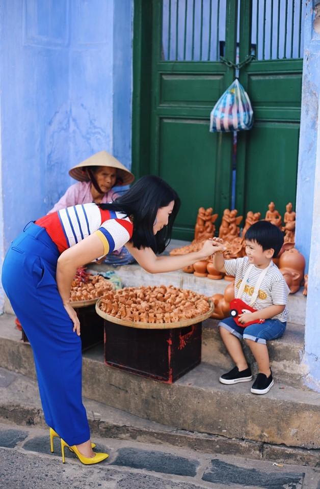 Sơn Tùng M-TP,H'Hen Niê,Hoàng Yến Chibi,Ninh Dương Lan Ngọc,Ngọc Lan,Thanh Hằng,Ngân Khánh