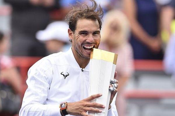 Nadal đoạt chức vô địch Rogers Cup dễ như lấy đồ trong túi