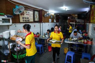 Quán phở vị 'thuần Bắc' nổi tiếng Sài Gòn gần 30 năm qua