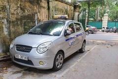 'Chặt chém' khách du lịch nước ngoài, lái xe taxi Việt kiều bị phạt 9 triệu