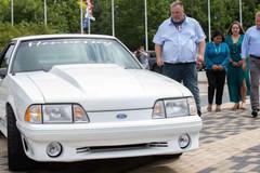 Bán xe cứu vợ, 17 năm sau bất ngờ gặp lại xe cũ