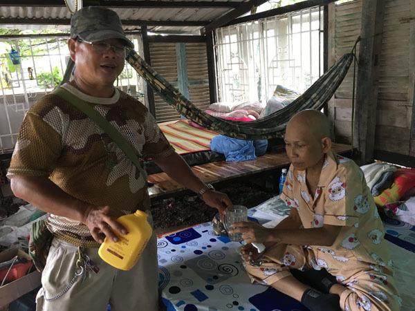 Cuộc Sống Sài Gòn,Hoàn cảnh khó khăn