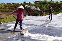 Salt workers struggle under the harsh sun