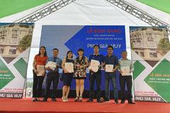 Hơn 300 khách mua đất dự án Phú Gia Huy nhận sổ hồng
