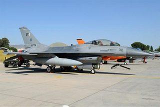 Căng với Ấn Độ, Pakistan điều thêm khí tài tới sát biên giới