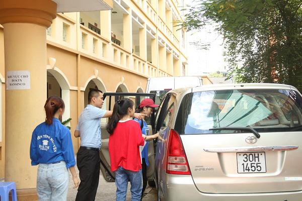 Hàng ngàn tân SV đến ĐH Đại Nam nhập học đợt 1
