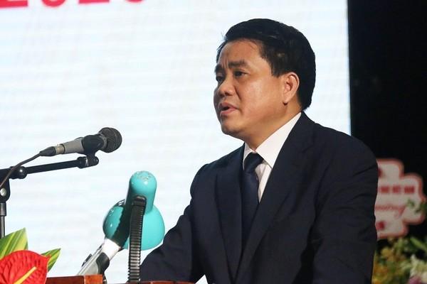 """Chủ tịch Hà Nội: """"Con em chúng ta học chương trình nặng quá"""""""