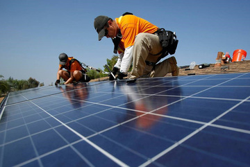 Experts warn of technical problems when developing solar power in Vietnam
