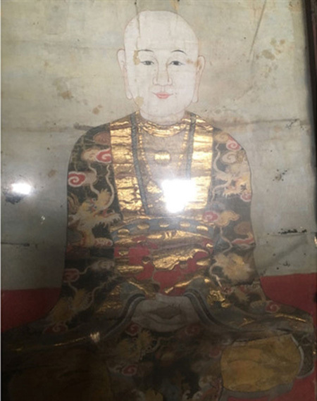 Ancient painting in Ninh Binh in need of restoration