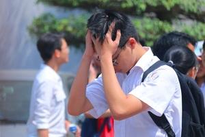 Thí sinh trên 22 điểm vẫn bị đánh trượt đại học vì trường cố tình nâng điểm chuẩn