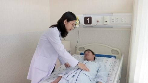 Người đàn ông Việt suy kiệt cơ thể, suýt tử vong vì thói quen kỳ lạ khi xông nhà