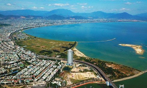 Selective investing key for Danang