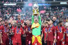 Liverpool đoạt siêu cúp châu Âu sau màn rượt đuổi kịch tính