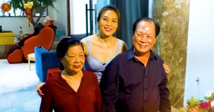 Ninh Dương Lan Ngọc tiếp tục dính nghi án hẹn hò cùng Chi Dân