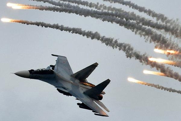 Mãn nhãn màn phô diễn kỹ năng tuyệt đỉnh của phi công Nga
