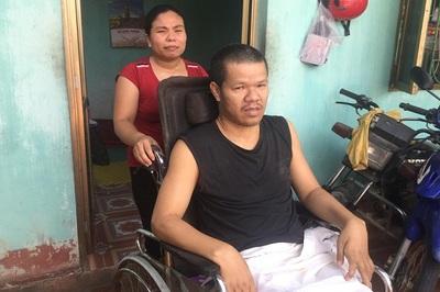 Lời khẩn cầu của người vợ có chồng bị tai nạn liệt toàn thân
